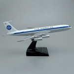 Boeing 707-321 Pan Am Clipper Challenger Scale Model