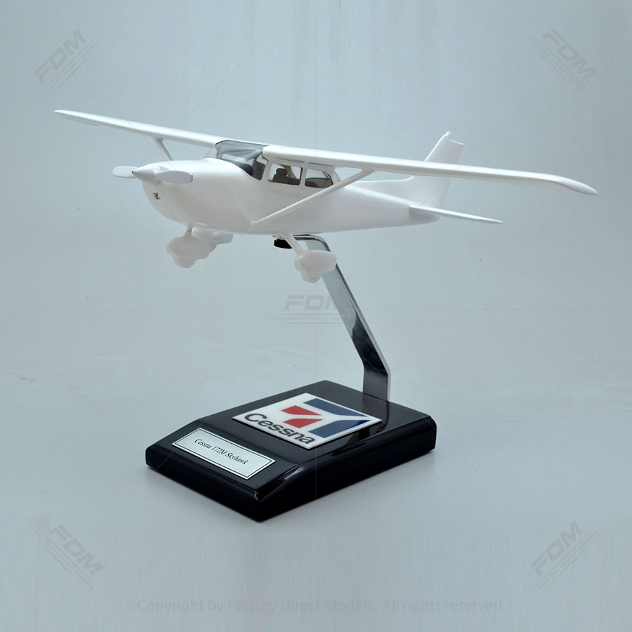 Your Custom Painted Cessna 172M Skyhawk Model with Detailed Interior