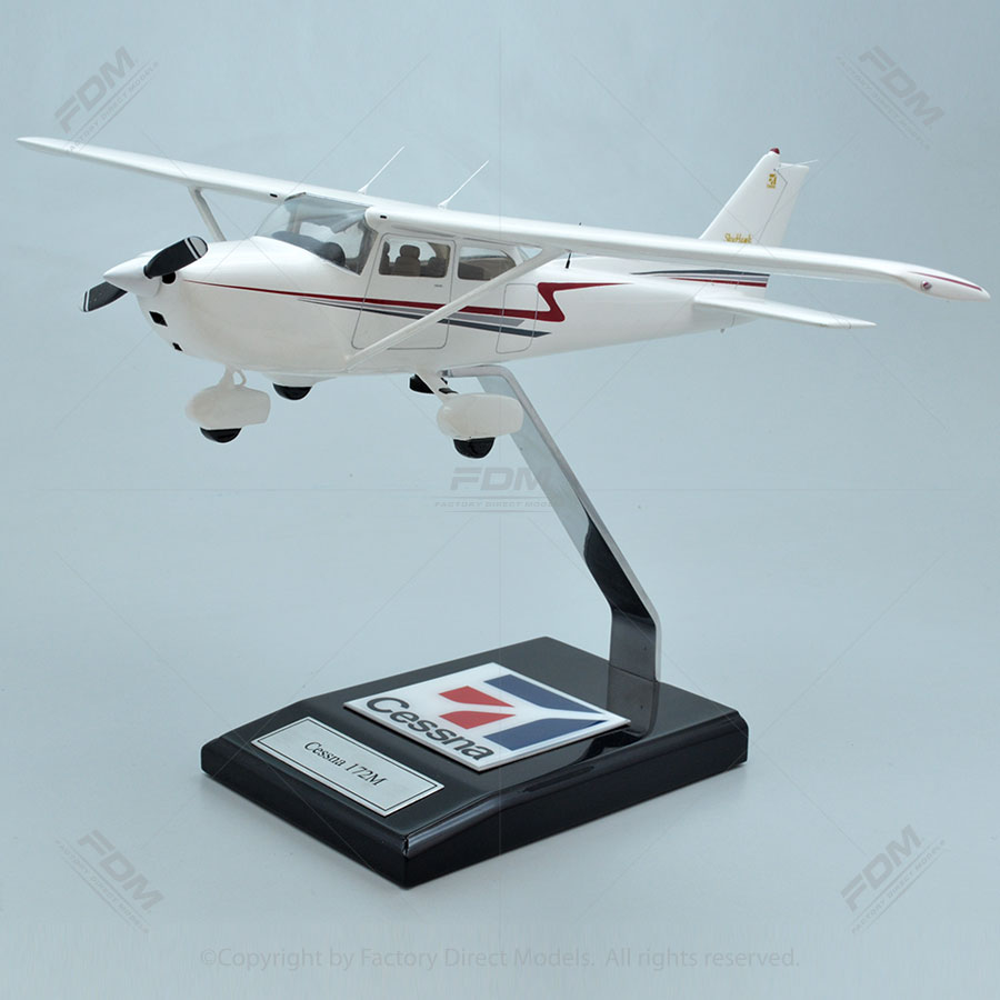 Cessna 172M Skyhawk Model with Detailed Interior