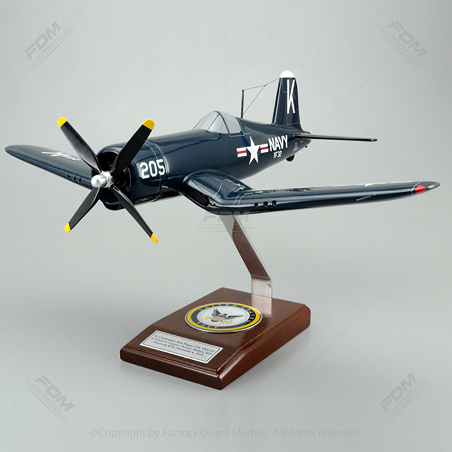 Chance Vought F-4U-4 Navy Scale Model