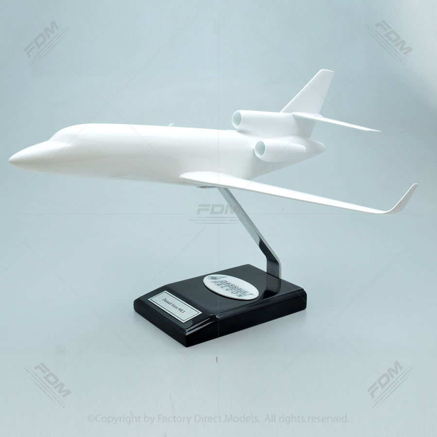 Your Custom Painted Dassault Falcon 900LX with Winglets Model