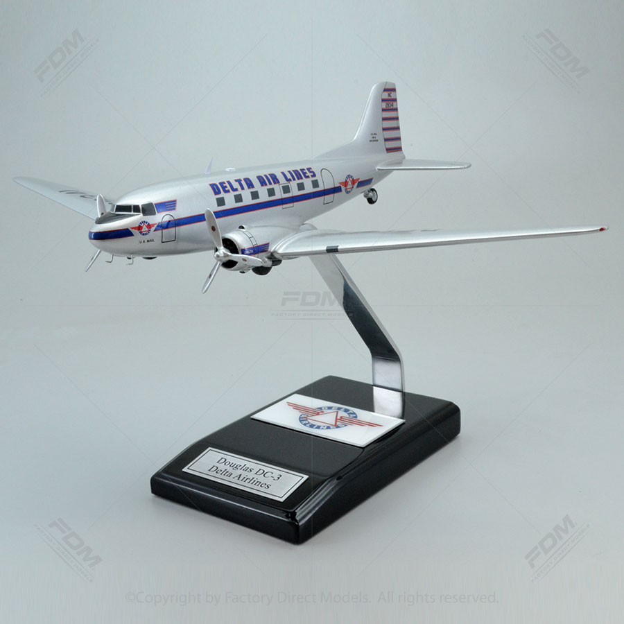 Douglas DC-3 Delta Airlines Model Airplane