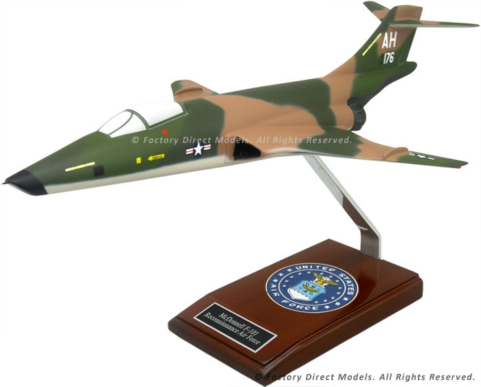 McDonnell F-101 Reconnaissance Air Force Model