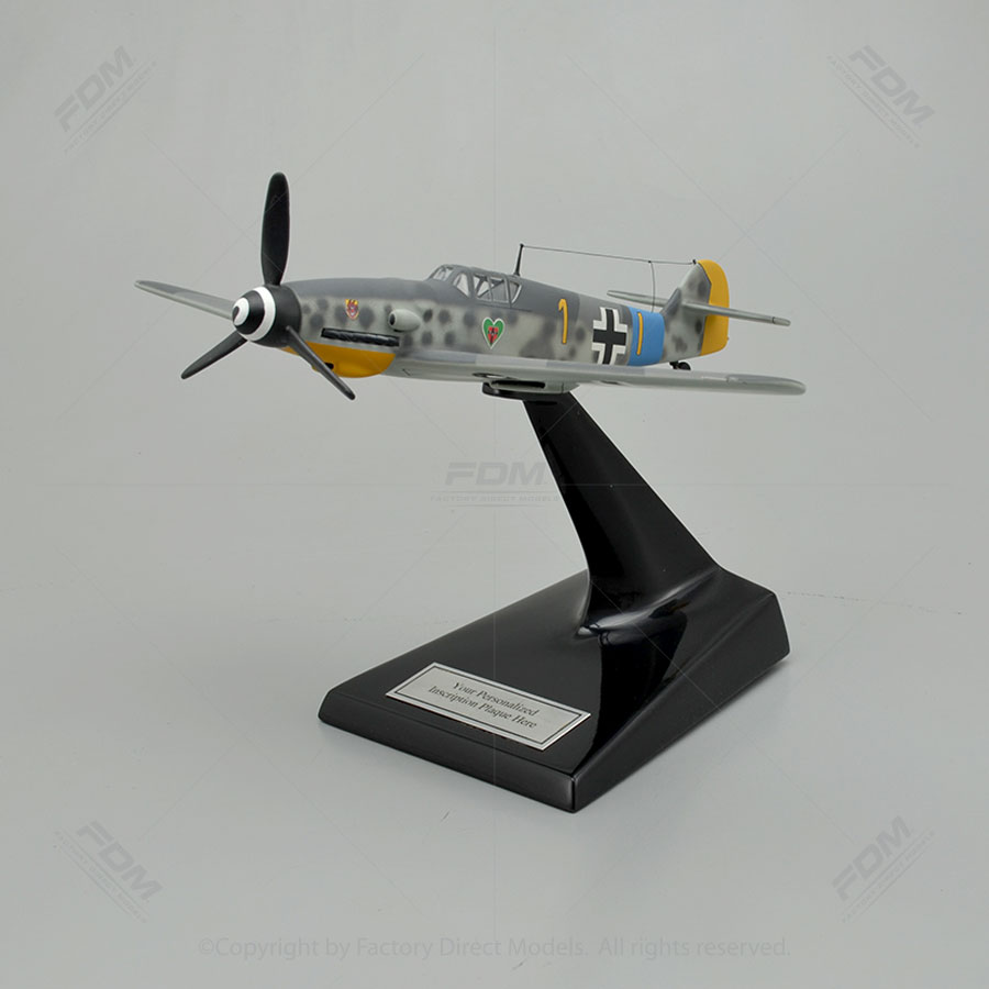 Messerschmitt BF 109G-6 Scale Model with Detailed Interior