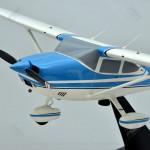 Cessna 182P Skylane II Scale Model Airplane