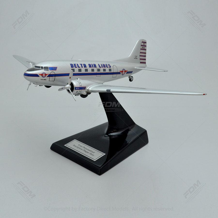 Douglas DC-3 Delta Airlines Model Airplane