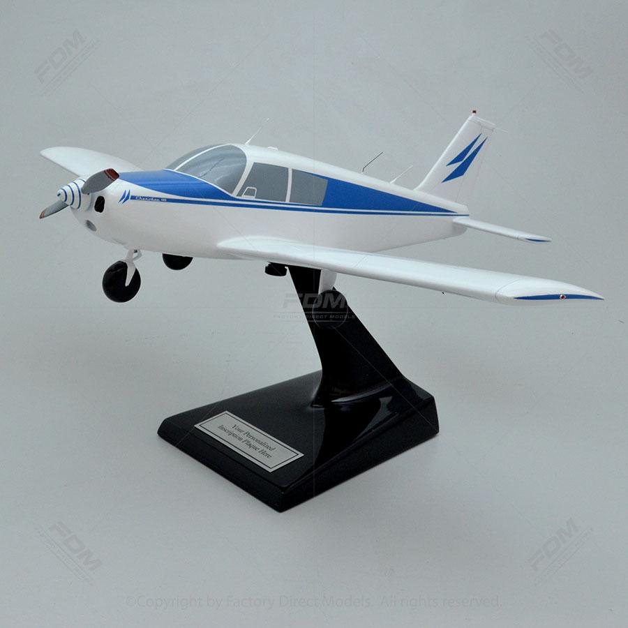 Piper PA-28-140 Cherokee Model