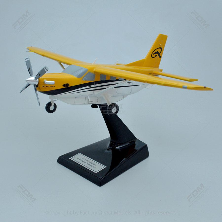 Quest Kodiak with Cargo POD Model