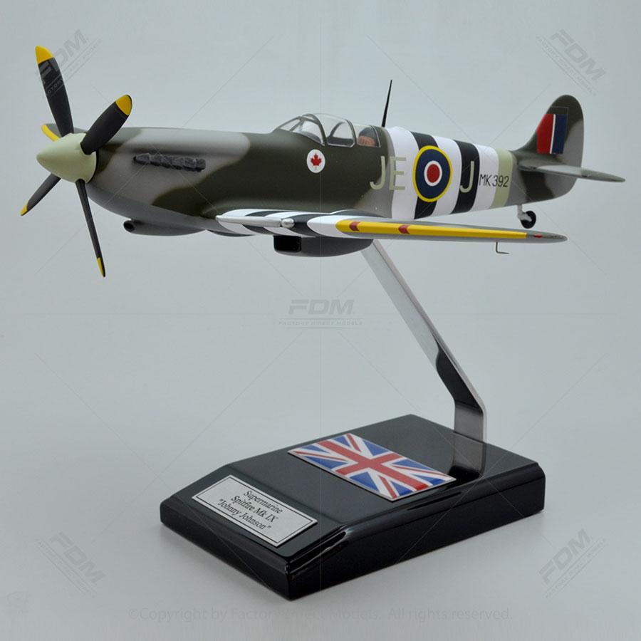 Supermarine Spitfire MK IX Johnny Johnson RAF Model with Detailed Interior