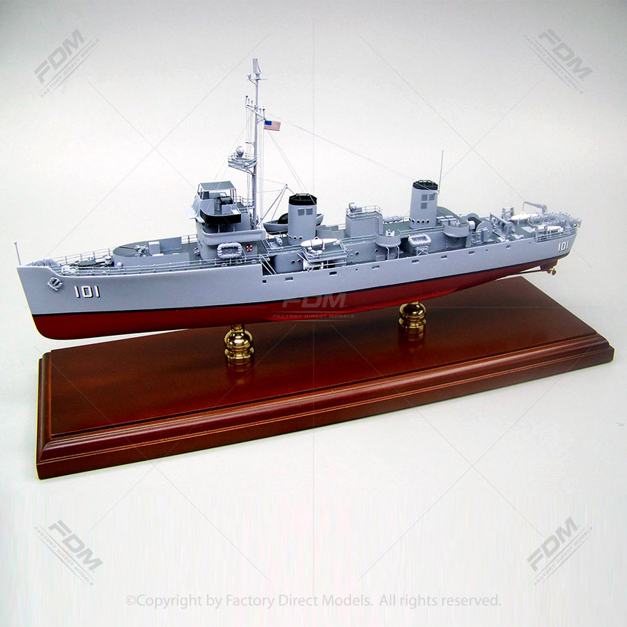 USS Herald (AM-101) Model Ship