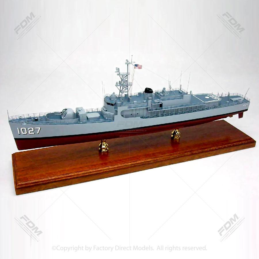 USS John Willis (DE-1027) Model Ship