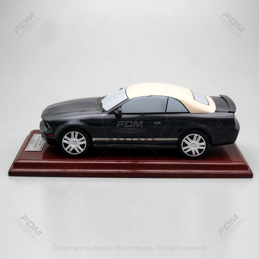 2007 ford mustang model. Black Bedroom Furniture Sets. Home Design Ideas