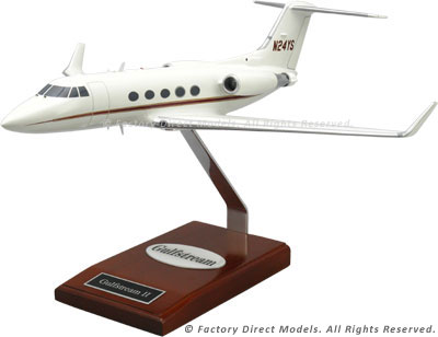 Gulfstream II with Winglets Model Airplane