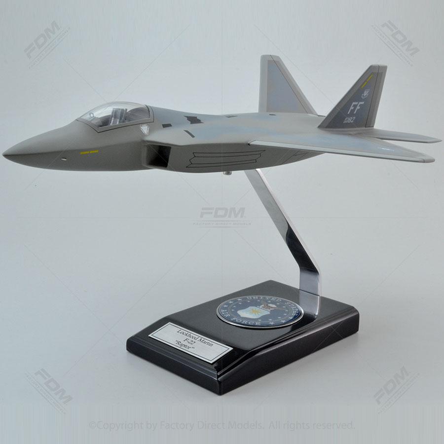 Lockheed Martin F-22 Raptor Model with Detailed Interior