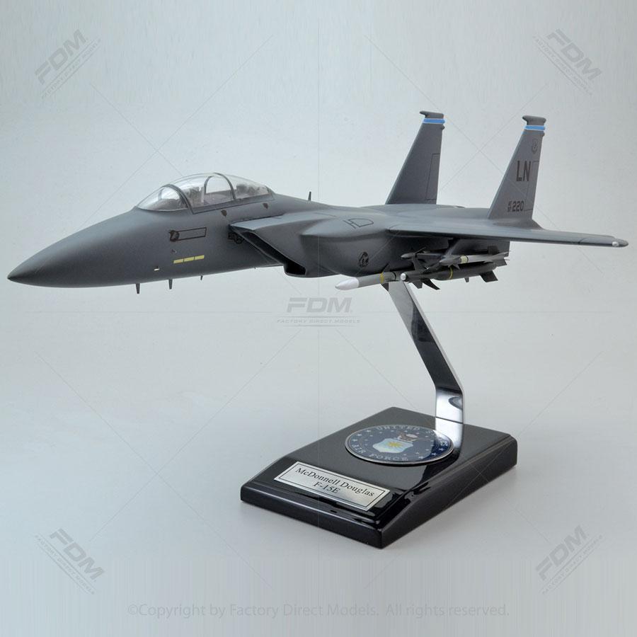 McDonnell Douglas F-15E Strike Eagle Model with Detailed Interior