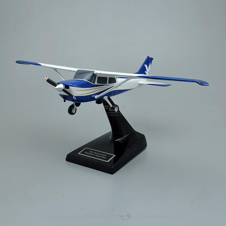 Cessna 172 Skyhawk Model Airplane