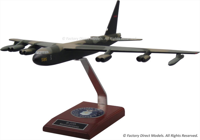 Boeing B-52D Stratofortress Model