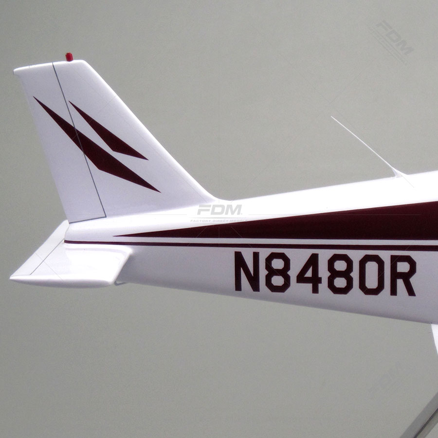Piper Cherokee 140 Vintage Model Airplanes | Factory Direct