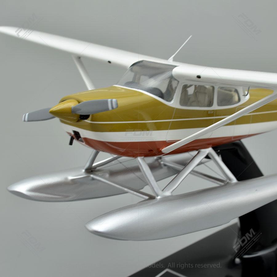 Cessna 172 Skyhawk Custom Model Airplanes | Factory Direct