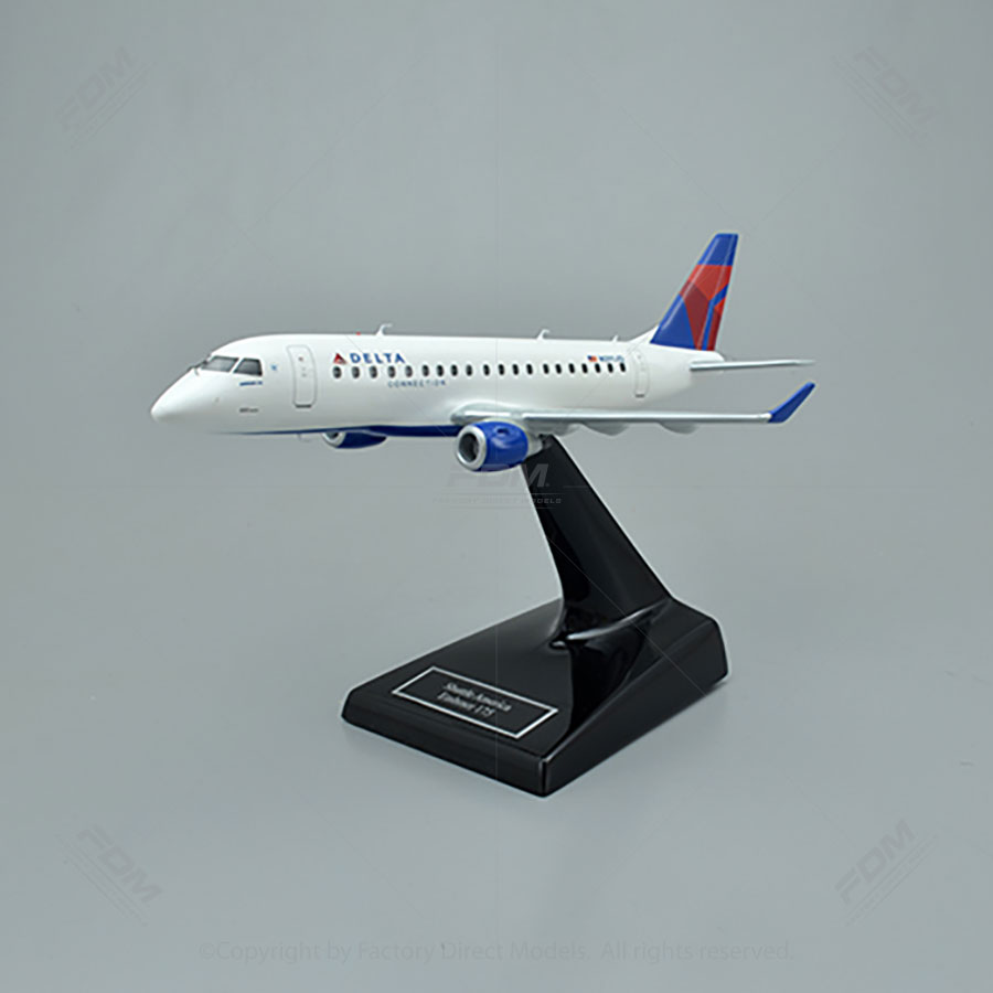 Custom Made Embraer E175 Airplane Models   Factory Direct