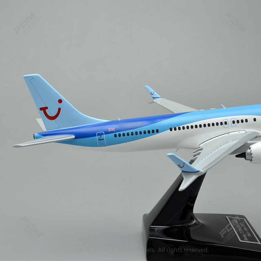 Boeing 737 MAX 10 Thomson Airliner Models | Factory Direct