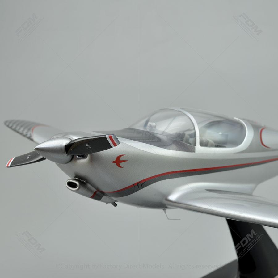 Globe GC-1B Swift Custom Model Airplanes | Factory Direct Models