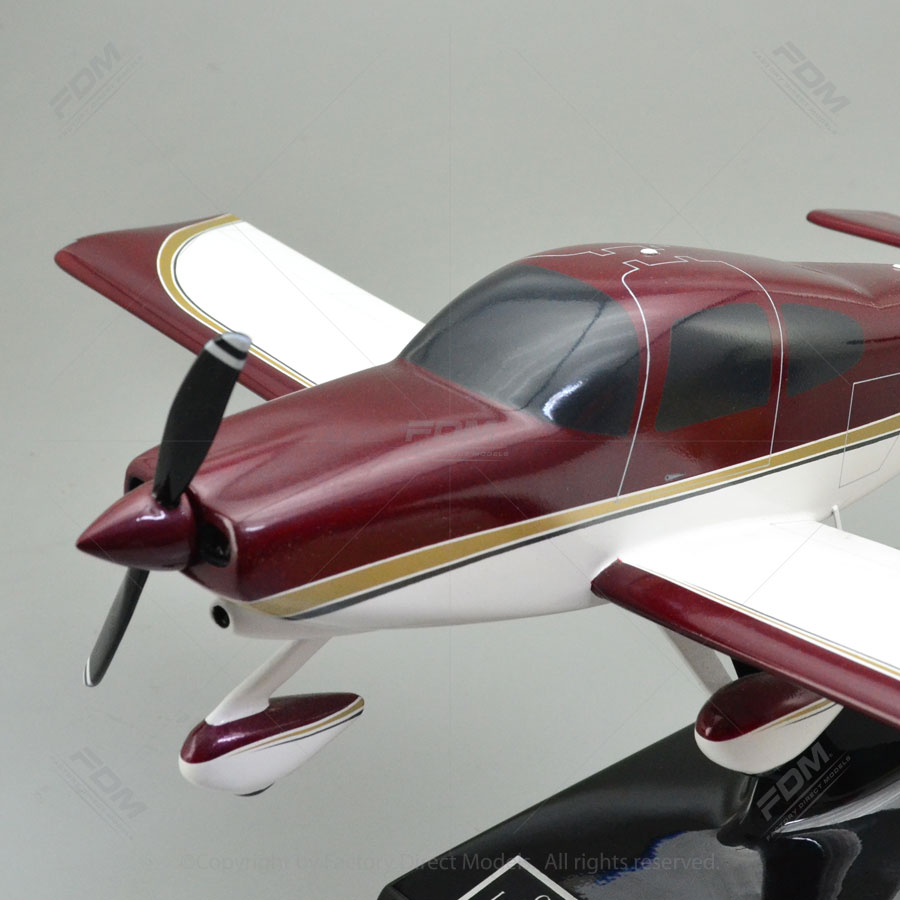 Vans Aircraft RV-10 Model