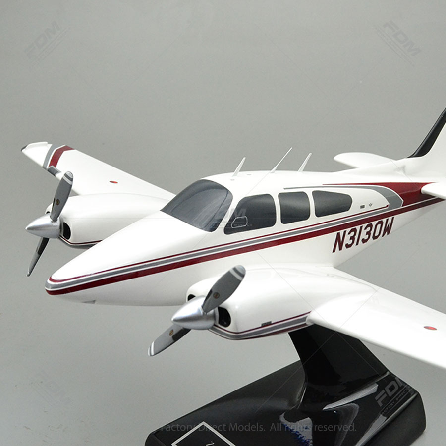 Beechcraft B55 Baron Model