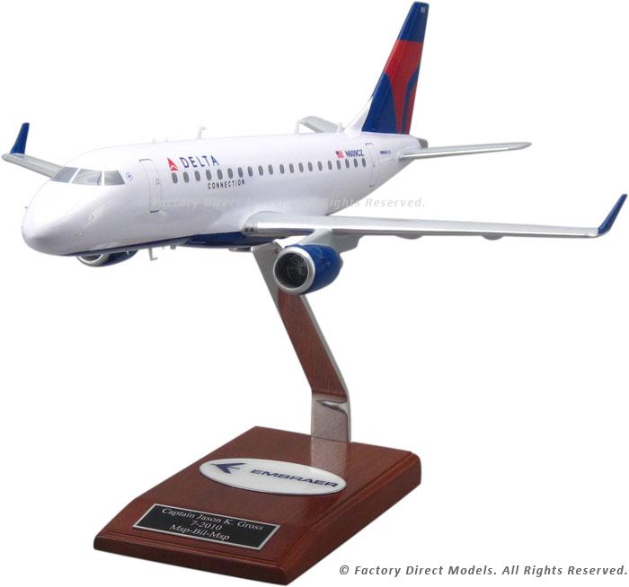 Embraer EMB 175 Delta Wooden Model Airplanes   Factory
